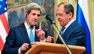 Sekretaris Negara AS John Kerry (L) dan Menteri Luar Negeri Rusia Sergey Lavrov (aranews)