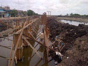 Poto pengerjaan proyek sungai sagulung tahap V