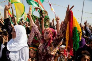 Kurdi merayakan Newroz. (aranews)