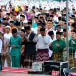 Bupati Bintan Bersama Umat Islam Bintan Gelar Sholat Idul Fitri