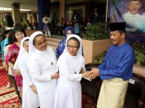 Sejumlah Suster Katolik menghadiri Open House Walikota Batam, Rudi SE .