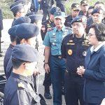 Menteri Keuangan Hibahkan Barang Tegahan BC dan Musnahan Barang Bekas