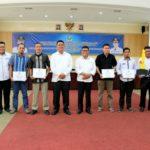 Bupati Bintan Cairkan Dana Operasional Triwulan III RT/RW dan Mobil Sekolah Desa Pengujan