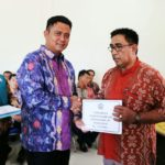 Bupati Bintan Harapkan RT/RW  Turut  Serta Sosialisasikan Program Pemerintah Daerah