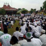 Massa LPI dan FPI Desak Pemkab Pamekasan Tutup THM