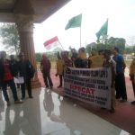 Demo GPI , Minta Politisi Hanura Ahok Dipecat