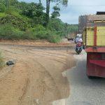 Masyarakat Keluhkan Jalan Rusak Lintas Sumatera Bungo Bangko, Pemerintah diminta Segera Perbaiki