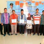 Pemkab Bintan Terima Penghargaan Kinerja Pelaksanaan DAK Fisik Terbaik 1 dan Dana Desa Terbaik 2 TA 2017