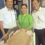 bright PLN Batam Bantu Biaya Operasi Rosmalia Bayi Tanpa Anus