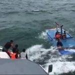 KM Berkat Anugerah Tenggelam di Perairan Tanjung Kelit, 1 Tewas 12 Selamat