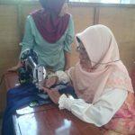 Kelurahan Desa Pangke Gelar Pelatihan Menjahit Kaum Ibu