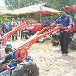 Gubernur Kepri Nurdin Basirun Dorong Poktan Terus Kembangkan Pertanian
