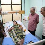 BP Batam Gelar Bakti Sosial Kunjungan ke Rumah Karyawan Pensiunan