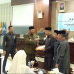 Pemda KKA Serahkan Perda Pernyertaan Modal Pemda Kepada Bank Riau Kepri