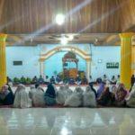 Mengikat Tali Silahturahmi, Remaja Masjid Kecamatan Limbur Lubuk Mengkuang Sholat Maghrib Berjamaah