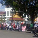 Mahasiswa Desak DPRD Batam Gelar Sidang Pledoi Terkait Kasus Sekda Batam