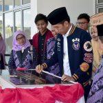 Jokowi Bagi 4.000 KIP di Gorontalo