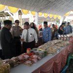 Bantu Masyarakat Sambut Idul Fitri, Bupati Rafiq Buka  Bazar Murah