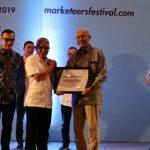Direktur Utama bright PLN Batam, Dinobatkan Sebagai Marketing Champion 2019 Sektor Infrastructure