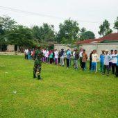TNI Manunggal Masuk Desa Ke 105 Kodim 0313 KPR Latih Pasukan Pengibar Bendera