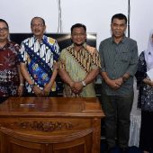 Bupati Natuna Teken Nota Kesepakatan dengan Pimpinan DPRD Natuna