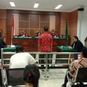 Alamak ! Majelis Hakim PN Batam Jatuhkan Ponis Kepada Amat Tantoso Hanya 3 Bulan Penjara