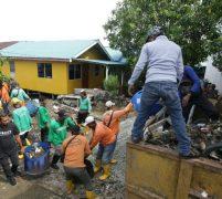 Kolaborasi bright PLN Batam Dengan DLH Lakukan Goro di Tanjung Riau