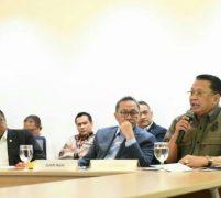 Ketua MPR Dorong Pemerintah                                                                                                                              Kelola Ekonomi Dengan Kehati-hatian