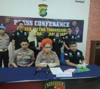 Polisi Tangkap Pelaku  Penyayatan Leher Penumpang TransJakarta