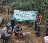 Dukung Program Penghijauan Kapolri, Polsek Singkep Barat Tanam Pohon Buah