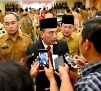Lantik 28 Pejabat Eselon III, Gubernur Berpesan Manfaatkan Jabatan Untuk Ibadah