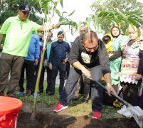 Akhyar Ajak Masyarakat Tanam Pohon Kelangsungan Hidup