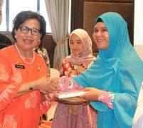 10 Ribu Tenaga Kerja Rentan Kota Medan Terima Kartu Peserta BPJS Ketenagakerjaan