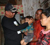 Akhyar Gendong & Hibur Penderita Stunting