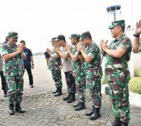 Kunker  Kapolri dan Panglima TNI Pastikan Percepatan Pembangunan RS Corona di Galang Batam
