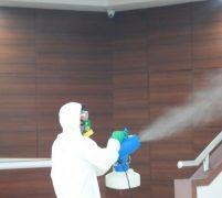 DPRD Kota Batam Lakukan Penyemprotan Disinfektan Ruang Kerja Dewan Hindari Covid 19
