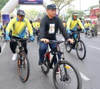 Akhyar Dampingi Gubsu Lepas Medan Bankers Fun Bike