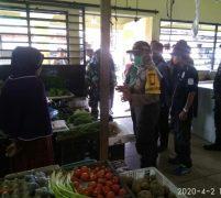 Hindari Penyebaran Covid 19, Pedagang Pasar Dabo Diurai