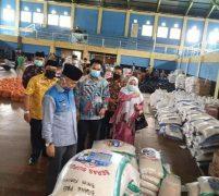 Salurkan 4 Ribu Paket Sembako, Adirozal : Spontanitas ASN Kerinci
