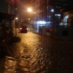 Dua Jam Diguyur Hujan, Jalan Sei Ular Baru-Sei Batang Hari Medan Sunggal Banjir