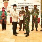 Plt Gubernur Kepri Terima Bantuan Dari Danlantamal IV Tanjungpinang