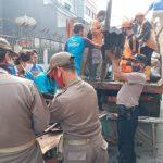 Polsek Tambora Lakukan Kerja Bakti Bersihkan Puing-Puing Bekas Kebakaran