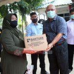 Kepala BP Batam Serahkan Bantuan Sembako di Kecamatan Batu Ampar