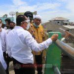 Pjs Wali Kota Dampingi Gubsu   Tinjau Lokasi Banjir Rob Di Bagan Deli