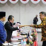 Pandum Akhir Fraksi-Fraksi Terhadap Nota Keuangan Dan Untuk Ranperda APBD TA 2021