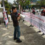 Belasan Mahasiswa Pengurus PB ALAMP AKSI Gelar Aksi Unjuk Rasa Minta Aparat Tangkap Plt Dinas Lingkungan Hidup Sumut