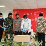 Ikut Vaksinasi, Anggota DPRD Kepri Rudi Chua Berharap Program Vaksinasi Berjalan Lancar